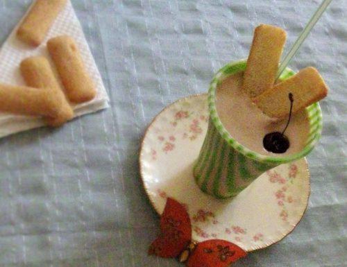 Smoothie alle ciliegie e nespole