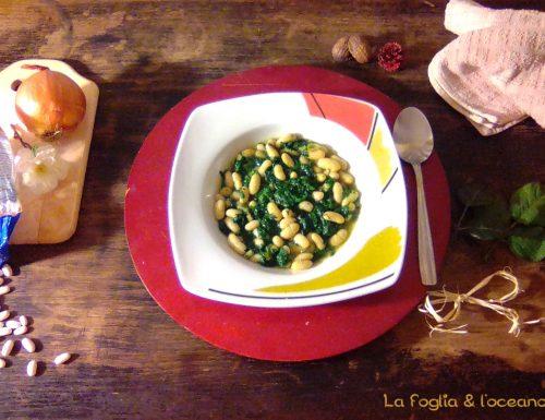 Zuppa di cannellini e spinaci freschi