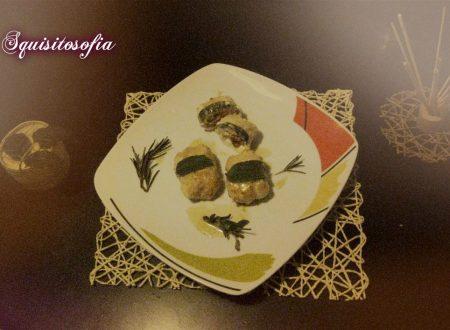 Involtini di pollo glassati con stracchino e noci