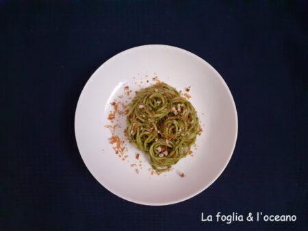 Una spaghettata sentimentale (con pesto di cavolo nero) 02